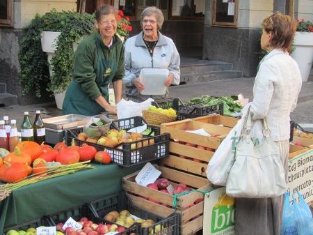 Markt Bio Bozen 2011.JPG
